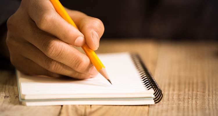 Confinement : à vos stylos, à vos claviers !