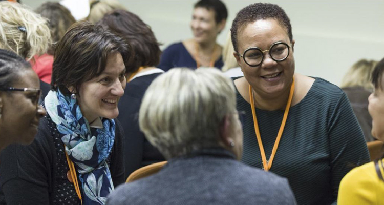 Municipales : comment mobiliser et encourager les femmes à se lancer en 2020 ?