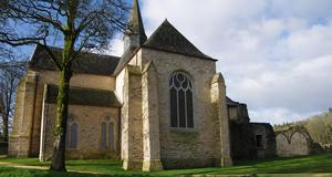 © Centre départemental d'archéologie du Finistère (CD29). - Vue de l'église de l'Abbaye du Relec.