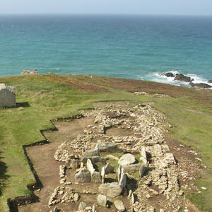 © M. Le Goffic, Centre départemental d'archéologie du Finistère (CD29). - Vue de l'ensemble mégalithique du Souc'h.