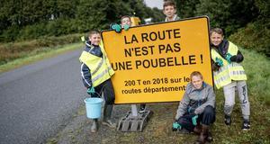 © CD29 - M. Le Gall - Ramassage déchets collèges Landivisiau Sizun 1